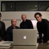 Appleの新製品発表会を見守る熱烈ファンのパロディ動画「Apple Fanboys」がちょっとおもしろい