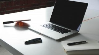 WebViewScreenSaver - 好みのWebサイトをデスクトップに表示できるMac用のスクリーンセーバー
