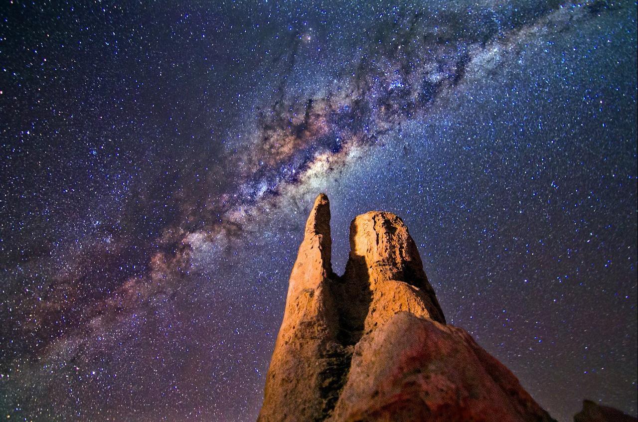 Milky way rocks night landscape 167843