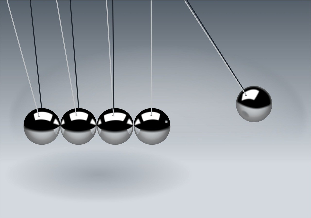 Newton s cradle balls sphere action 60582